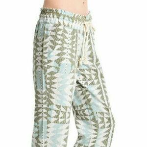 Roxy oceanside printed pants for beach/lounge/fun!